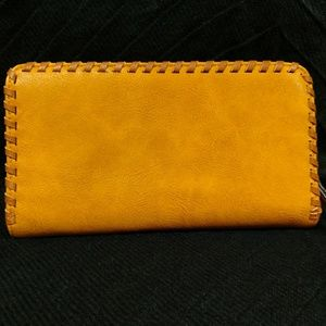Kate and Alex clutch wallet